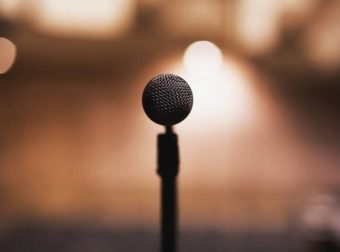 Συγκλονίζει κορυφαία τραγουδίστρια: Με νάρκωναν επί 4 εβδομάδες και με βίαζαν – Ξύπνησα σε ξένη χώρα