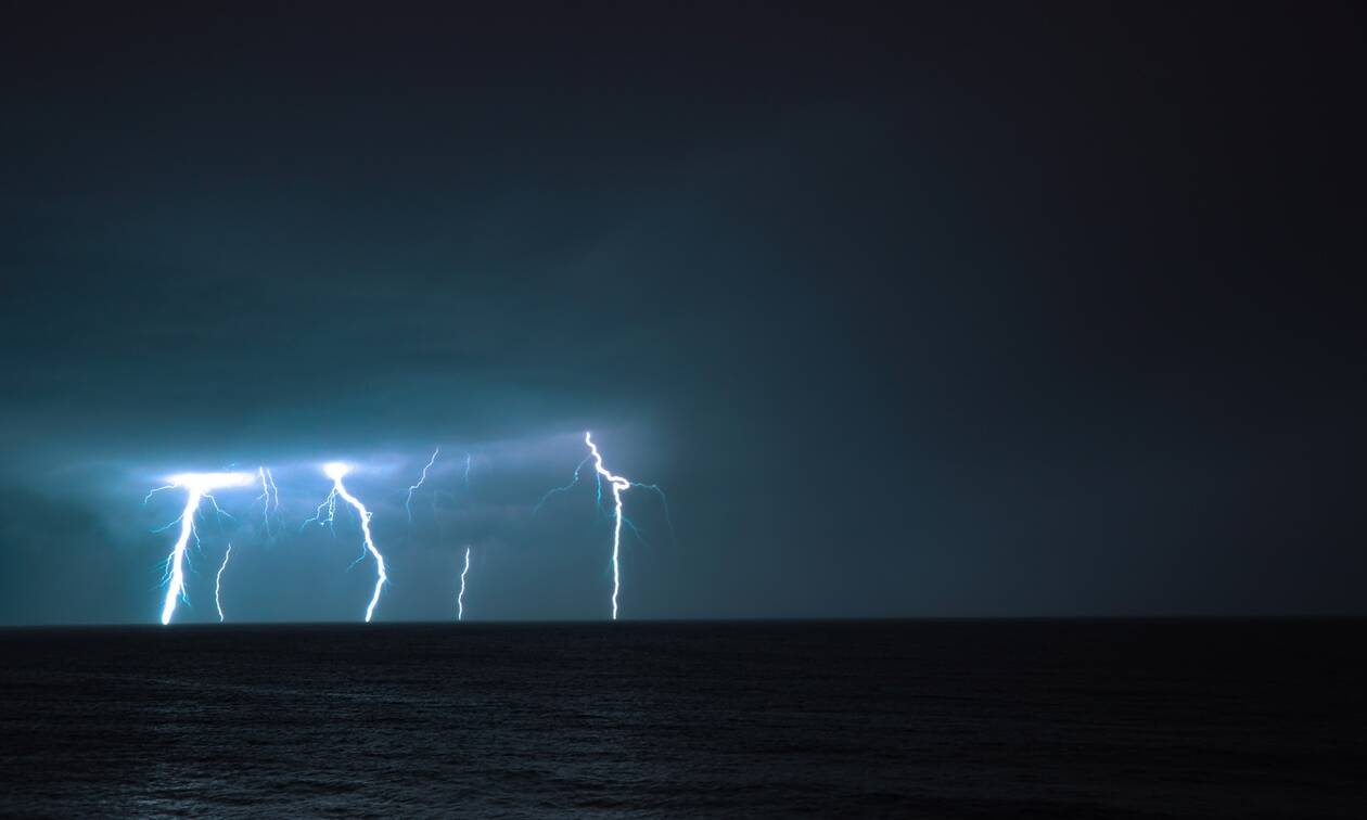 Καιρός: Σχεδόν 500 κεραυνοί έπεσαν στη Θράκη την Πέμπτη- Σε ποια πόλη ο υδράργυρος έφτασε 29 βαθμούς