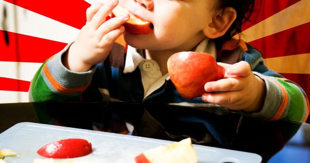 Το μωράκι μου πνίγηκε ενώ έτρωγε μήλο. Έκανα ό,τι μπορούσα για να το σώσω  —  Η αληθινή ιστορία της Κικής