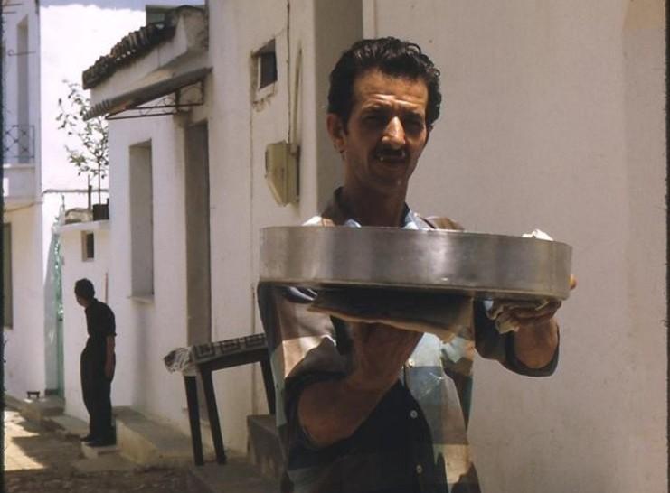 Το ταψί στο φούρνο: Μια κυριακάτικη συνήθεια που χάθηκε