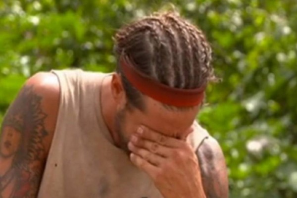 Survivor spoiler 13/04: Βόμβα! Αποχωρεί ο Ηλίας Μπόγδανος μετά από σοβαρό τραυματισμό! – Survivor