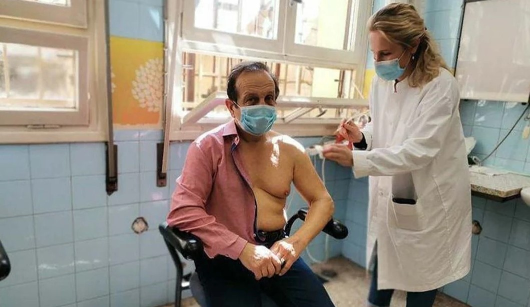 Έκανε το εμβόλιο ο Σπύρος Μπίμπίλας: «Η ζωή μια φορά μας χαρίζεται»